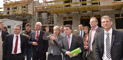 NRW-Minister besucht den Kalker Norden