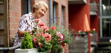 Wohnen im Alter: Senioren bei der GAG